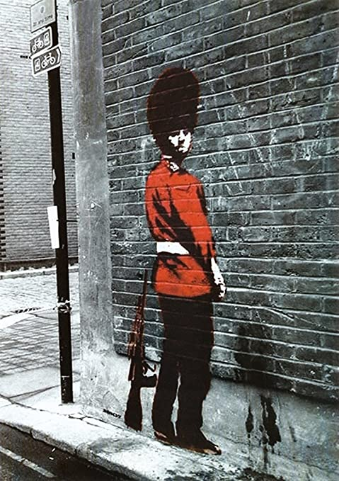 QUEENS GUARD SOLDIER  BY BANKSY BW PICTURE WALL ART HOME DECORATION