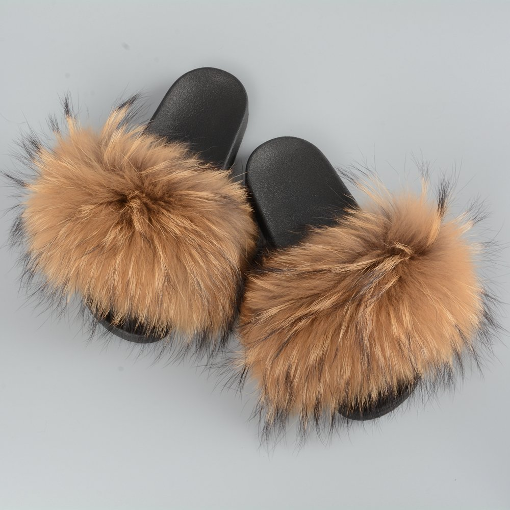 799a48f9f Amazon.com   Jancoco Max Womens Luxury Real Raccon Fur Sliders Slippers  Furry Slides Fashion Flat Soles Soft Summer Sandals   Slippers