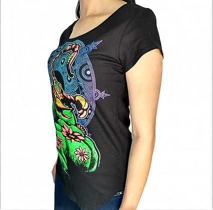 Amazon.com: LARVA Peyote Scorpion Women´s Round Neck t-Shirt ...