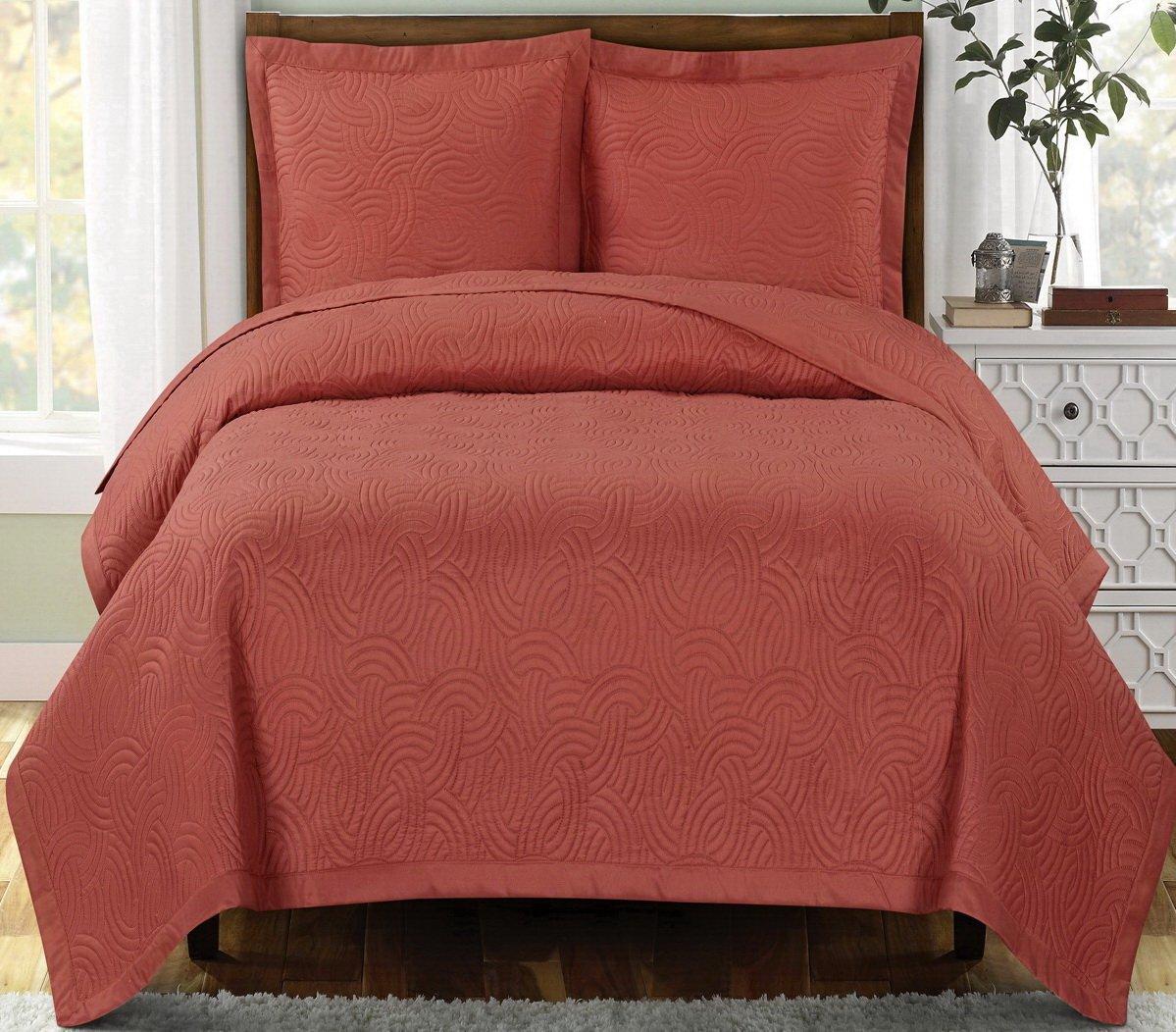 Modern Coral Coverlet Quilt and Shams Set King/Cal King Lightweight Reversible Wrinkle Free Bedding Oversized