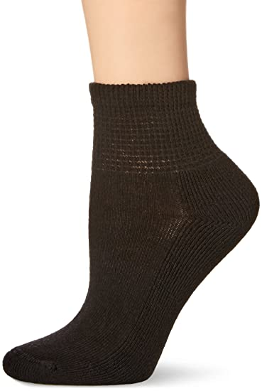 ce6a96694156 No Nonsense Women s Soft Quarter Top Cushioned Socks