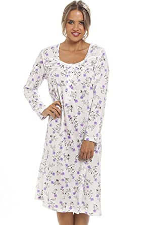80b9e34fe1e3 Camille Womens Ladies Classic Lilac Floral Print Long Sleeve White  Nightdress: Amazon.co.uk: Clothing