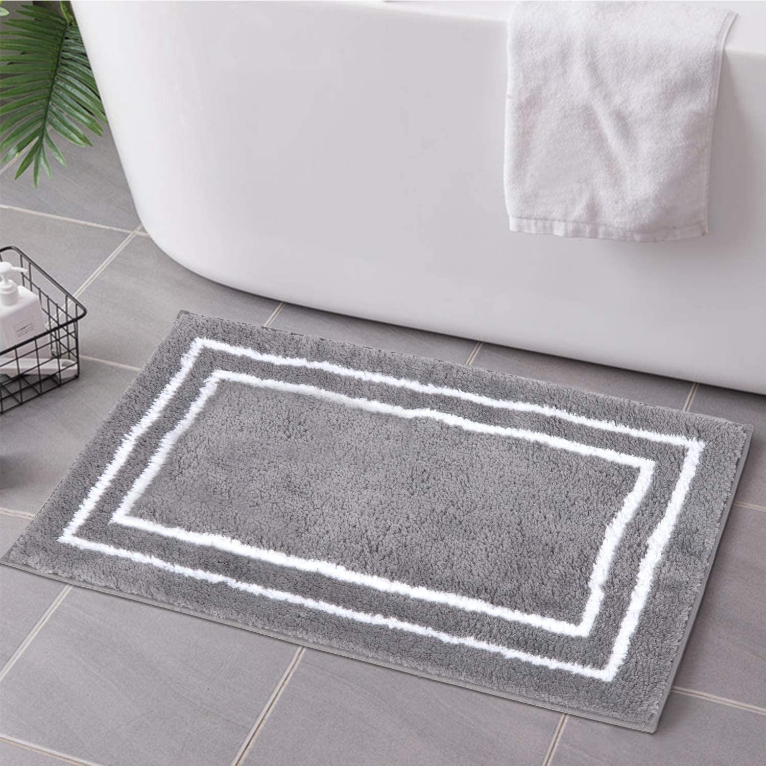 Uphome Bathroom Rugs Non-Slip Gray Banded Shaggy Bath Mat 18x24 inch Luxury Machine Washable Bath Rug Soft Microfiber Water Absorbent Floor Rugs for Shower Bathtub