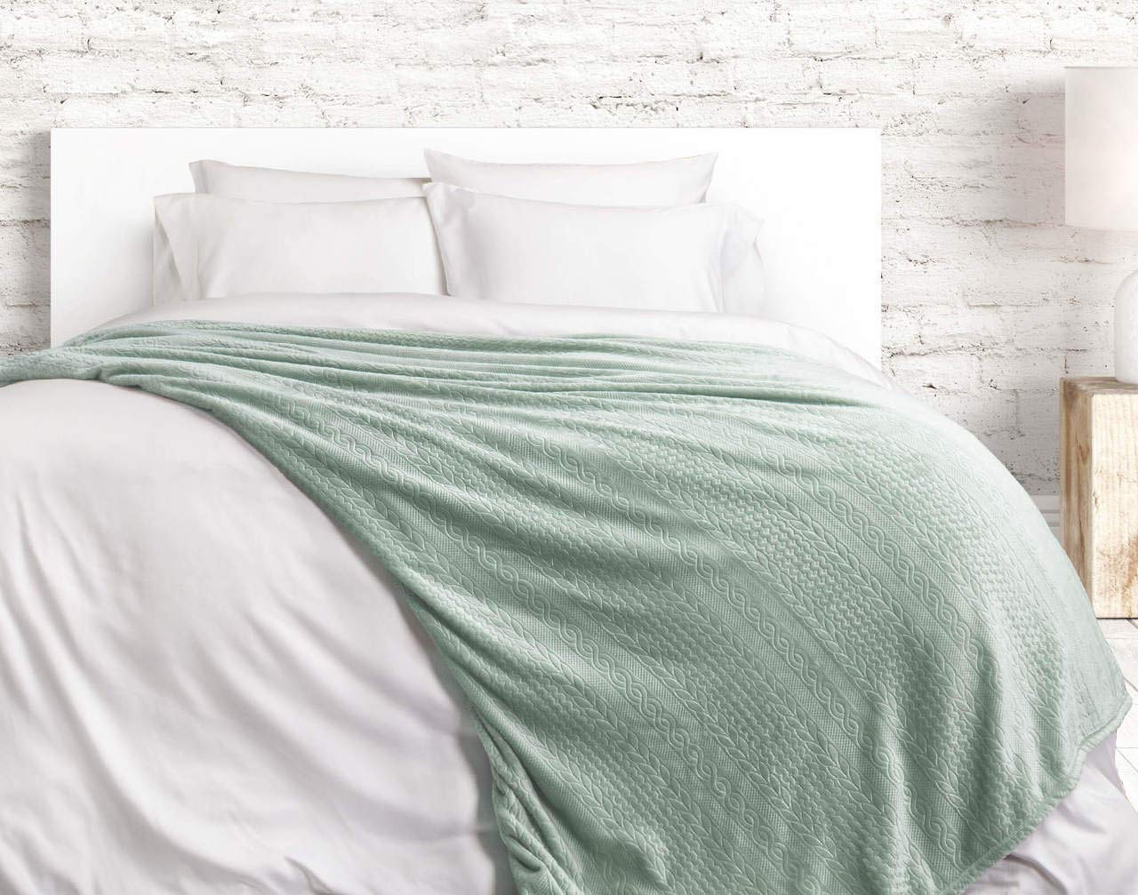 Cable Knit Blanket Queen.Amazon Com Qe Home Cable Knit Blanket Seafoam Queen