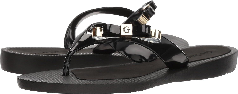 29524418ff918 Amazon.com  GUESS Women s Toyaa  Shoes