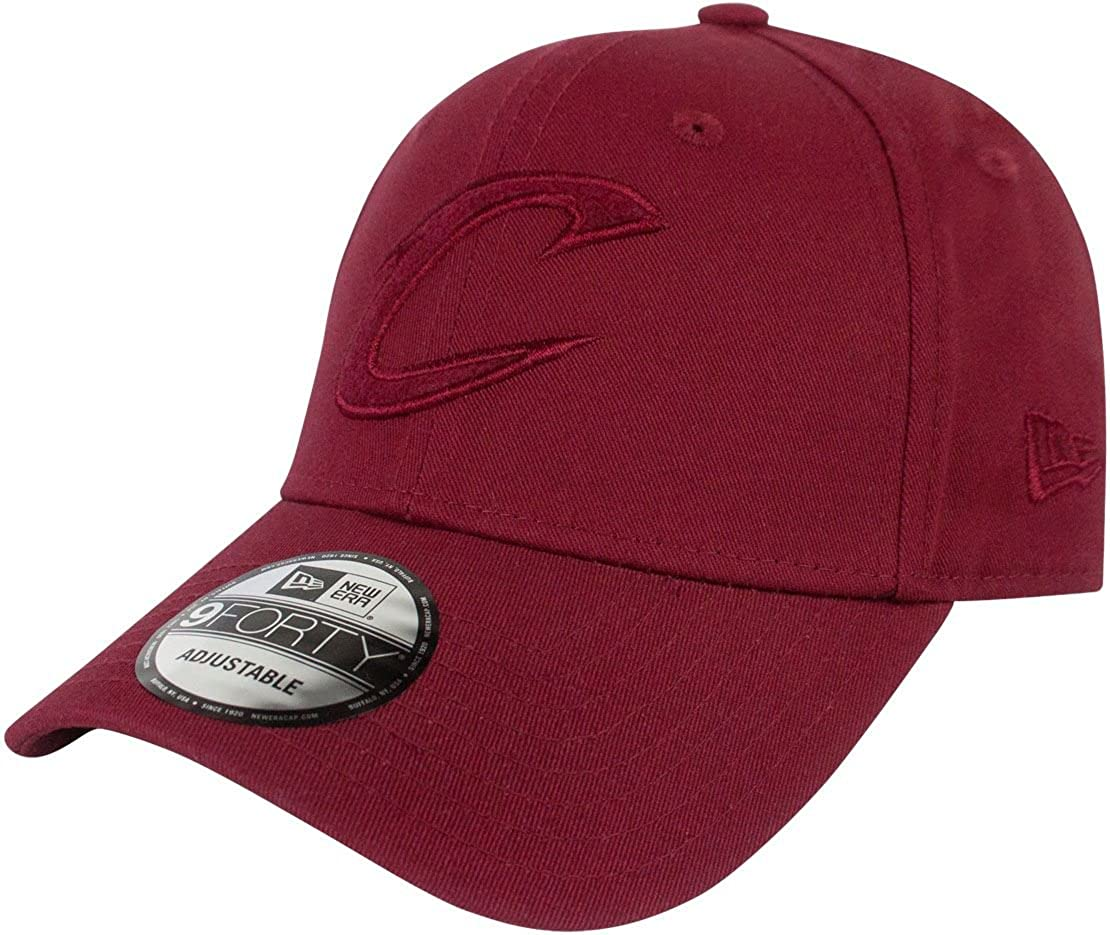 529fa98df2f Amazon.com  New Era 9Forty NBA Cleveland Cavaliers Felt Infill Cap  Clothing