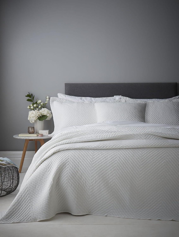 Catherine Lansfield Stone Wash Diagonal Bedspread White, 220x220cm Turner Bianca BD/48190/W/22022/WH