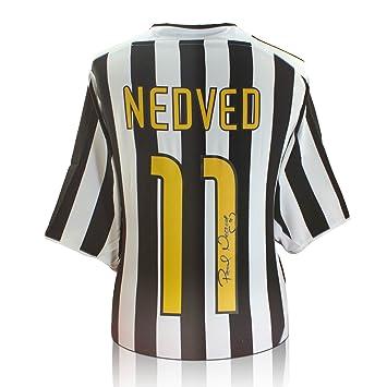 979ac34c7 Pavel Nedved Signed Juventus Football Shirt  Amazon.co.uk  Sports   Outdoors