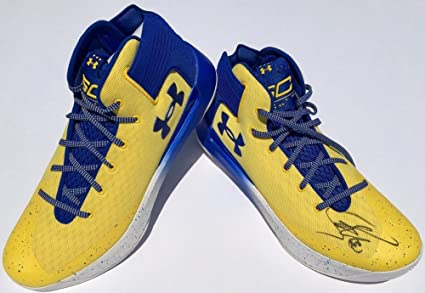 ef7d76a1358f Stephen Curry 0 Signed Under Armour 3Zer0 Basketball Shoes With- JSA  Authentic Warriors