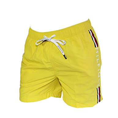 55b1166ce179e Tommy Hilfiger Short DE Bain Medium Drawstring Jaune Logo Tommy Vertical  00657