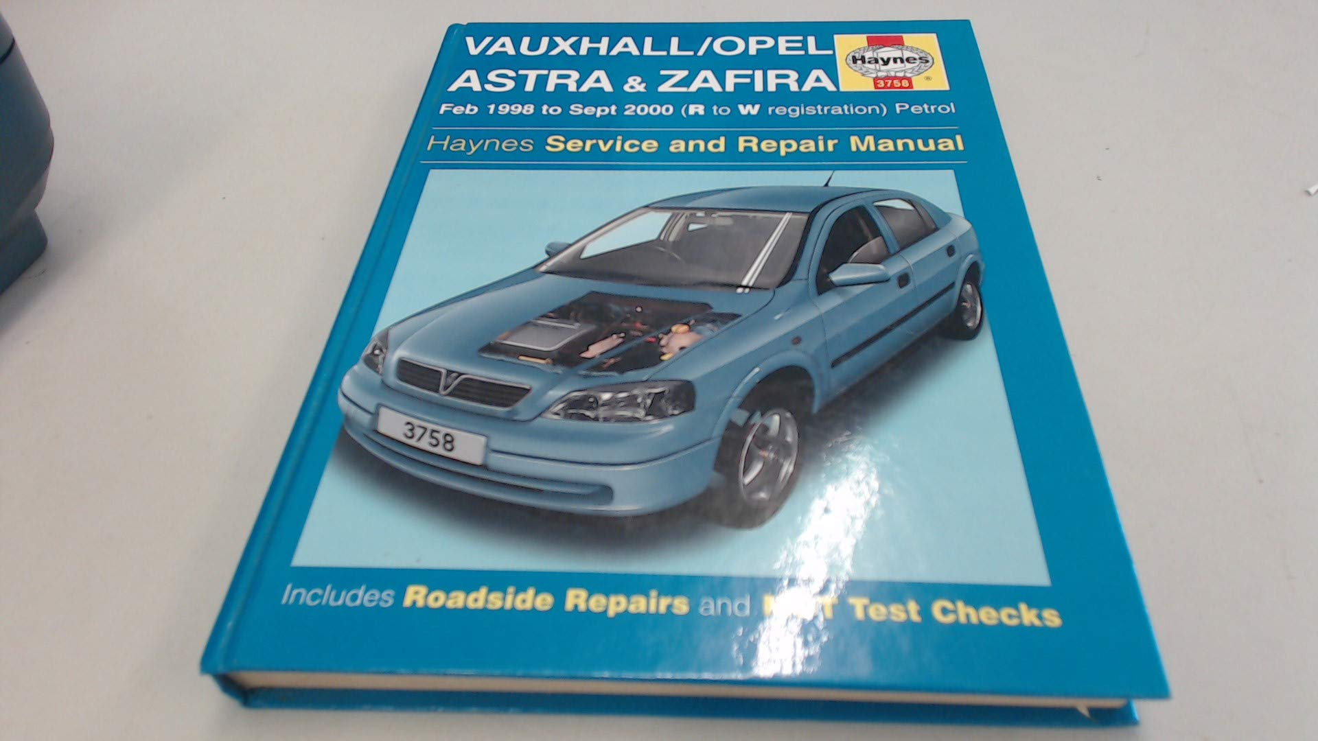 Vauxhall/Opel Astra and Zafira (petrol) Service and Repair Manual (Haynes  Service and Repair Manuals): Martynn Randall, A. K. Legg: 9781859607589: ...