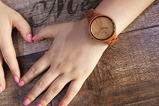 Greentreen Women's Quartz Wooden Watch