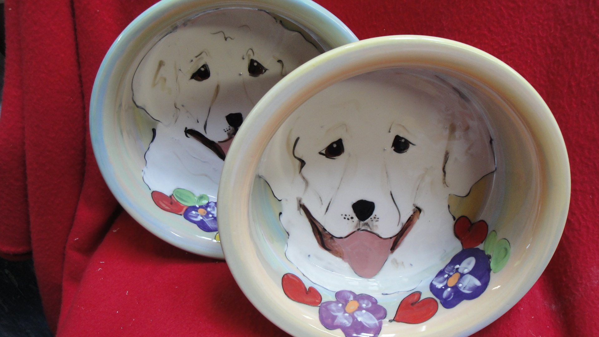 Labrador 8''/6'' Pet Bowls for Food/Water. Personalized at no Charge. Signed by Artist, Debby Carman.