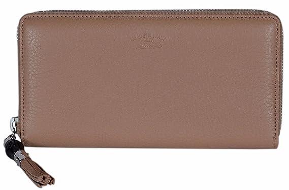 dca39f4582a Gucci Women s 307984 Beige Leather Trademark Logo Zip Around Wallet ...