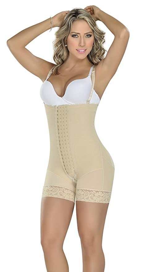 5aee0580a79 Amazon.com   Fajas MYD 0086 4 Hooks Strapless Womens Colombian Girdle  Reductoras Postpartum Lipo Size Small Color Nude   Everything Else