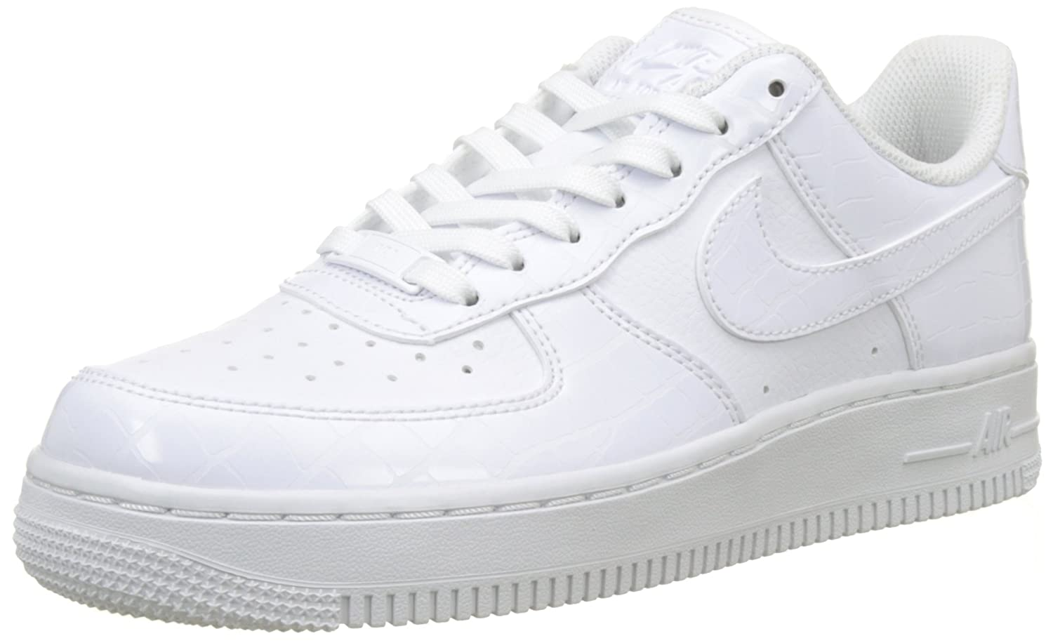 low priced 4034d fb616 Nike Women s s WMNS Air Force 1  07 Ess Gymnastics Shoes  Amazon.co.uk   Shoes   Bags