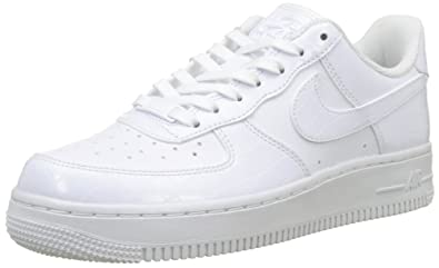 separation shoes 346b5 e7117 Nike Damen WMNS Air Force 1  07 ESS Fitnessschuhe, Weiß White 100, 36