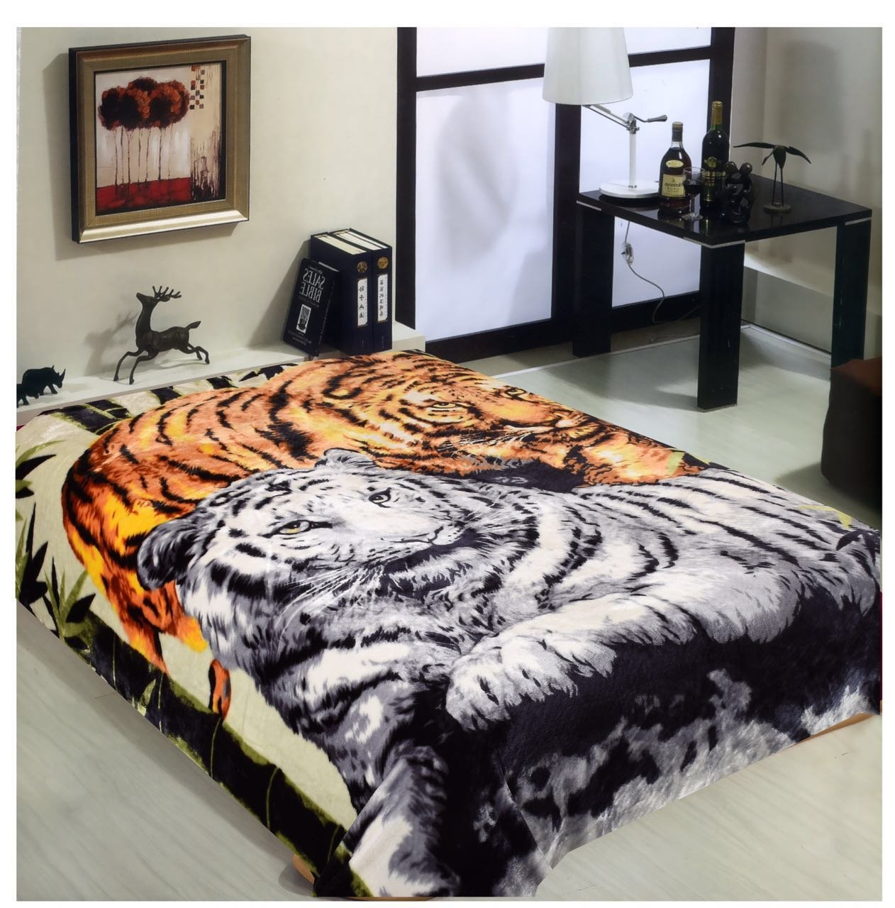 Wild Animal Brown Tiger Print Blanket , TV, Cabin, Couch,Plush,Warm, Bedcover Throw , Full Queen, 75''Wx90''H , Silky Mink Cozy, For Girls,Boys, Kids,Men,Women