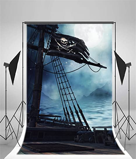 CdHBH 5x3ft The Background of Pirate Ships in Storms Vintage Corsair Boat Photography Background Gloomy Night Old Marine Board Nautical Style Banner Photo Studio Props Boy Child Portrait Vinyl Vedio