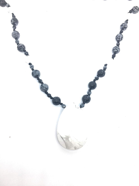 Collar largo de 70 cm,howlite blanca, obsidiana nevada y plata de ley