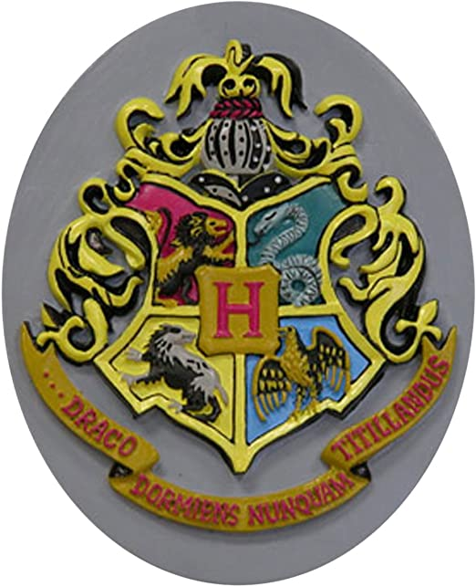 Harry Potter Resin 9 3//4 Ornament Hufflepuff Gryffindor Slytherin Ravenclaw