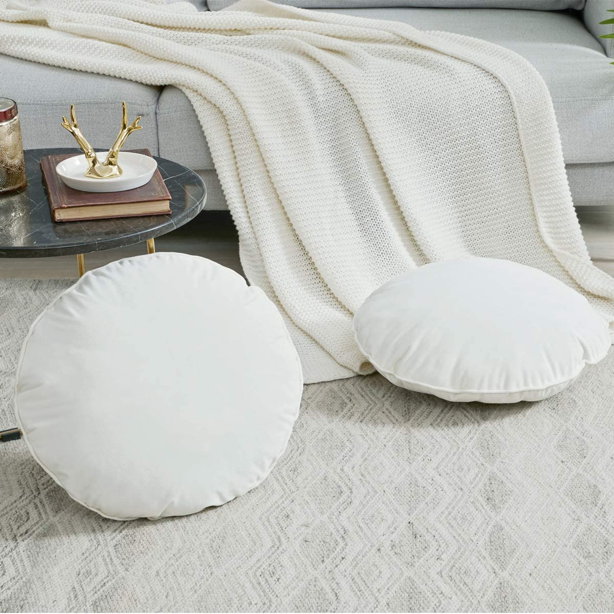 GIGIZAZA Decorative Throw Round Pillows Inserts Set of 2 Velvet 18 White Cushions