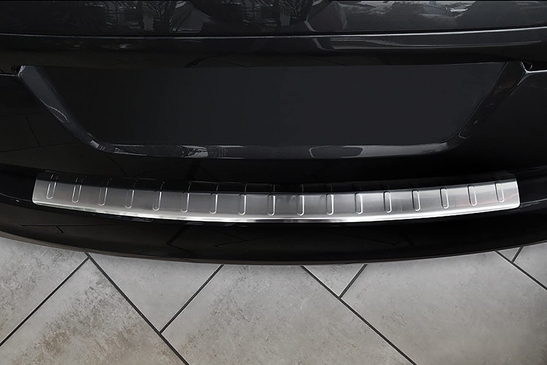 tuning-art 813-P2 Edelstahl Ladekantenschutz mit Abkantung Fahrzeugspezifisch