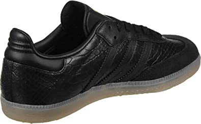 chaussure adidas femme noir et or