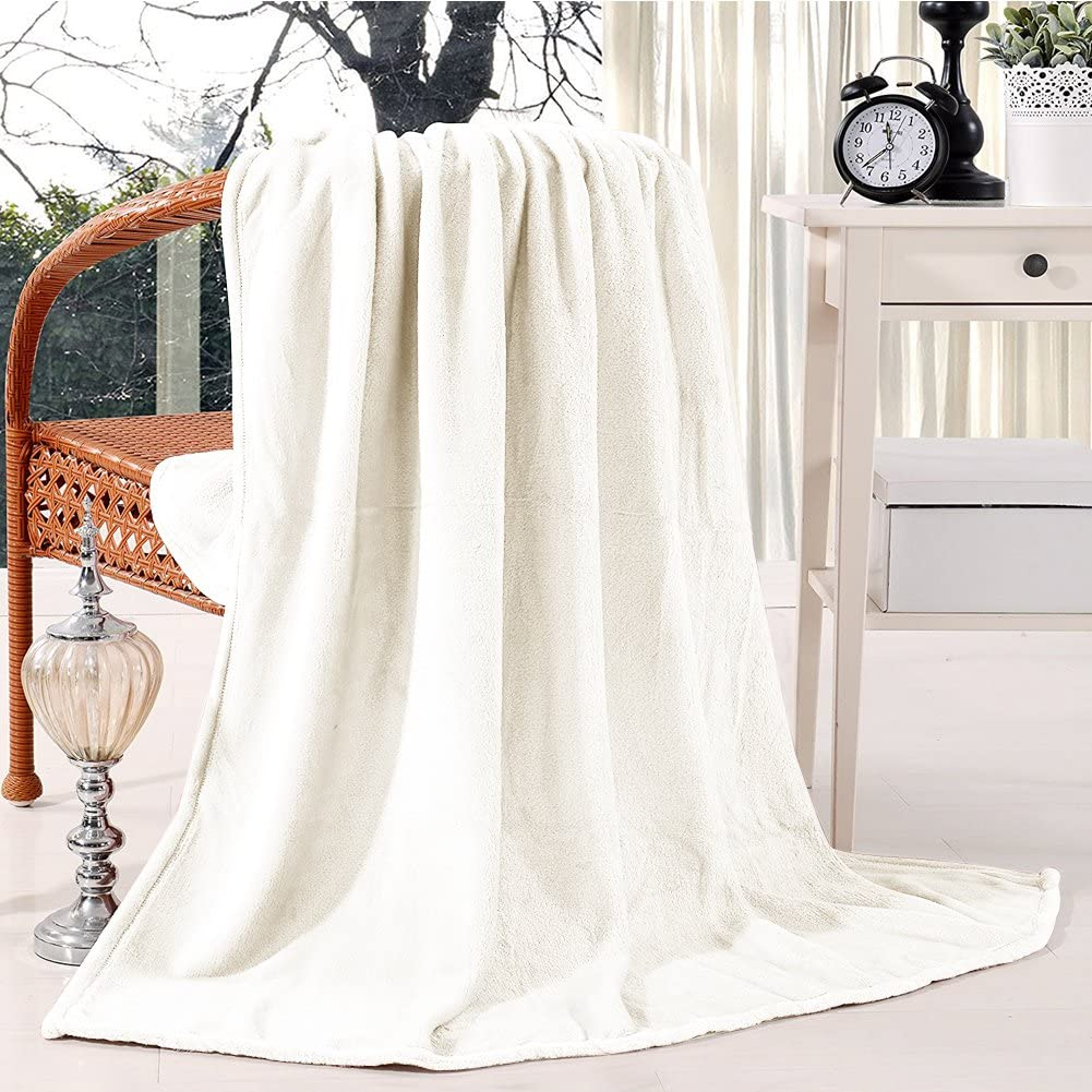 Somewell Luxury Soft Fleece Blanket, New Year Cooling Warm Outdoor Home Unique Gift Fuzzy Throw Blankets for Adults Cream The Perfect Birthday Shower Gift for Women(King)
