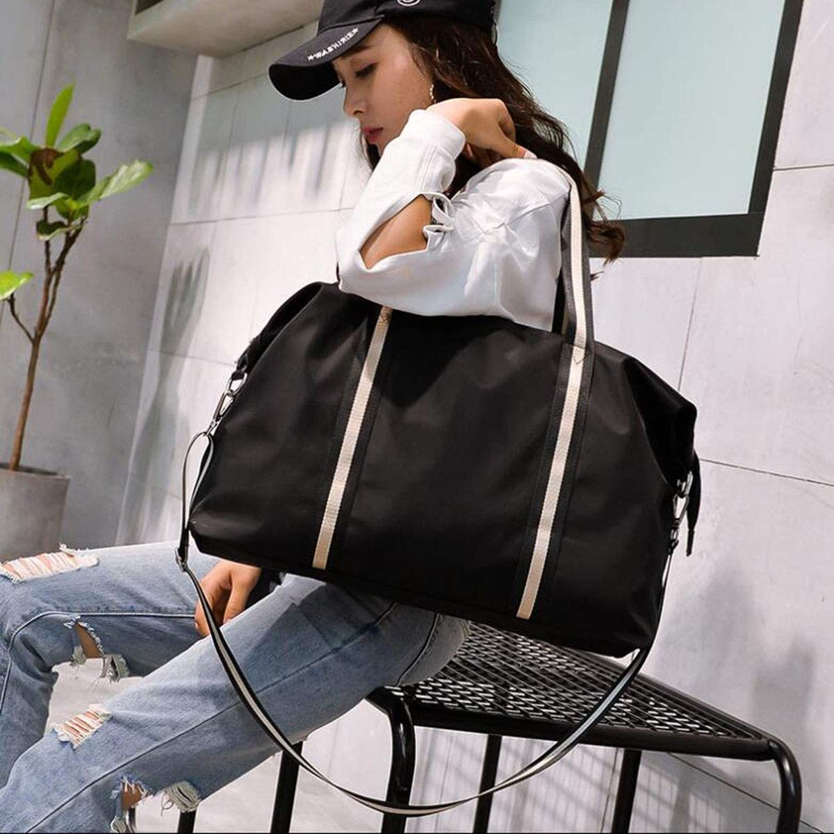 Kaiyitong Sports Bag Male and Female Suitcase Black Size: 601638cm Color : Black Large-Capacity Fitness Bag Short-Distance Travel Bag