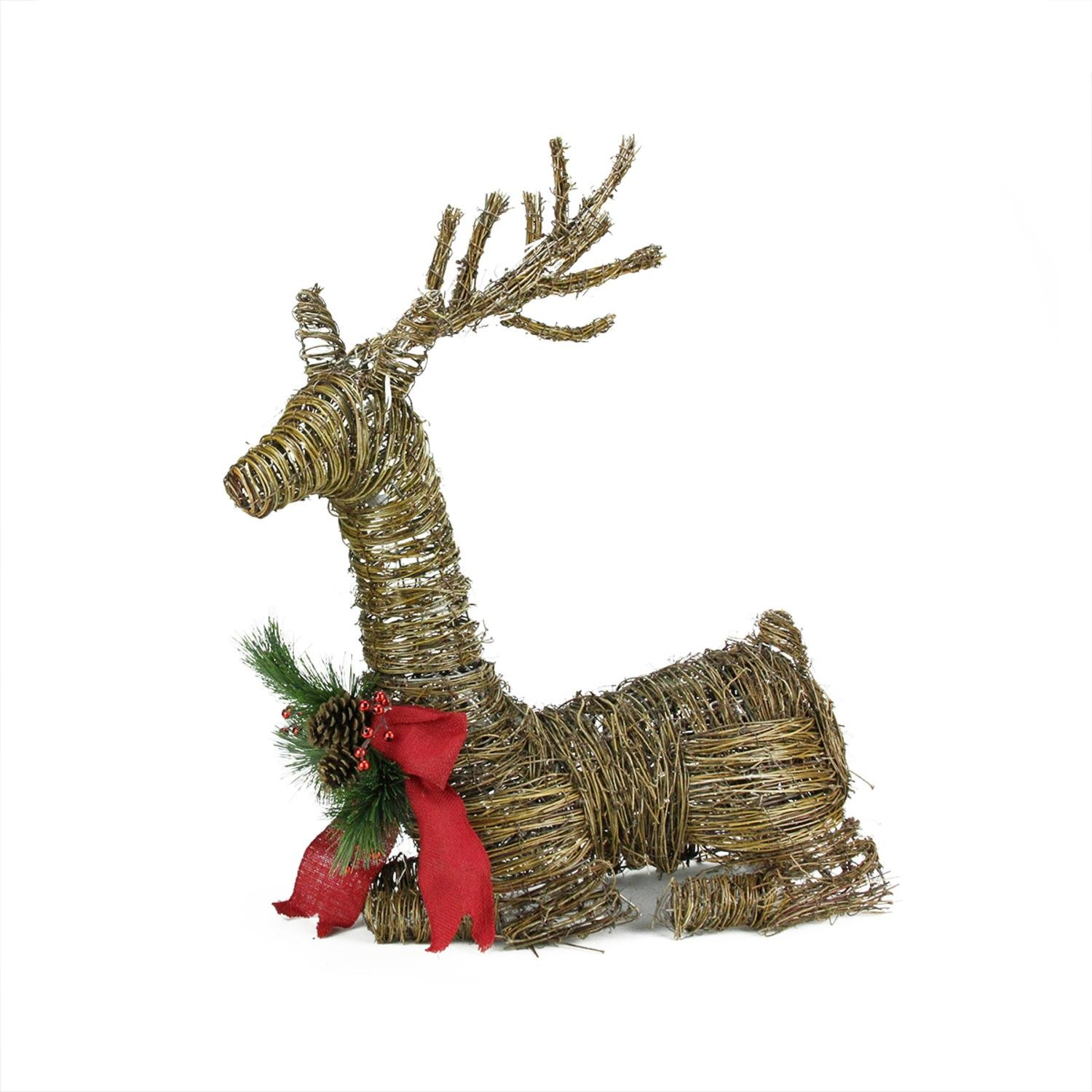 Lighted moose christmas yard decoration for Holiday lawn decorations