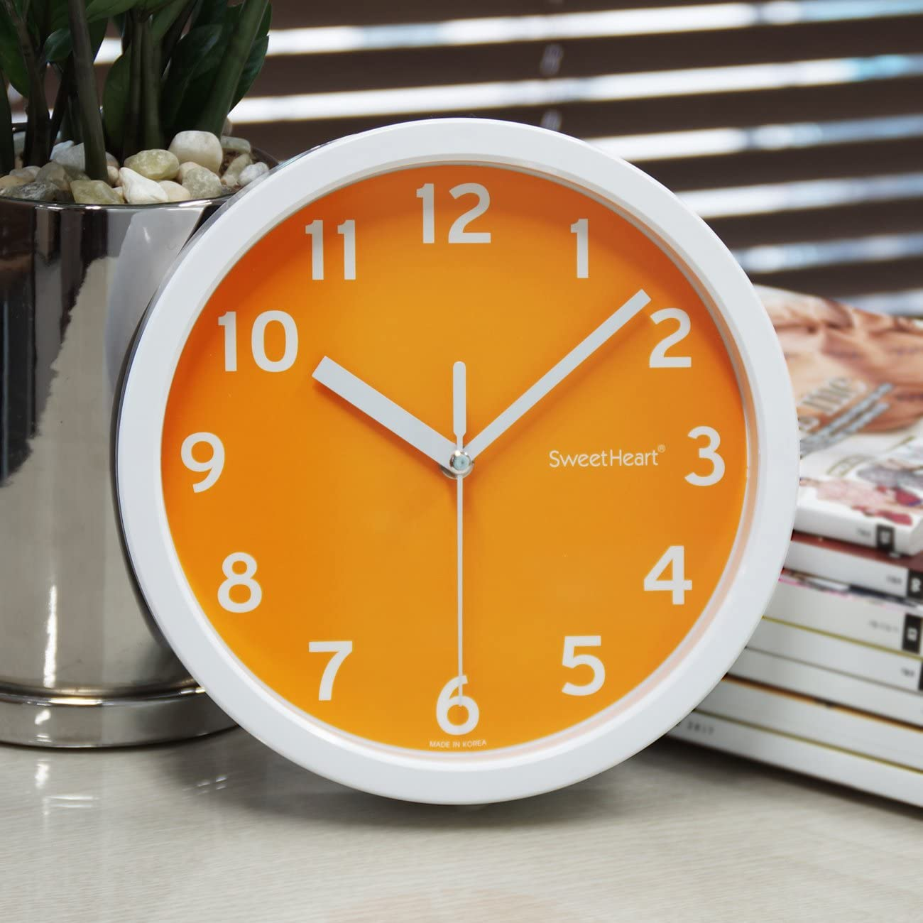 Decowall Silent Smoothie Wall Clock Orange