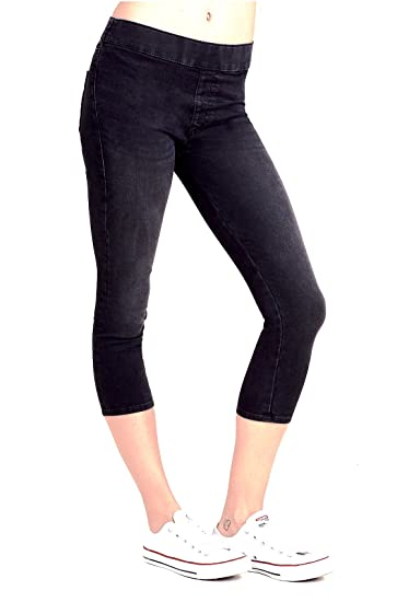 d87fddb893922f Amazon.com: True Religion Brand Jeans Women's Starlet Capri Leggings ...