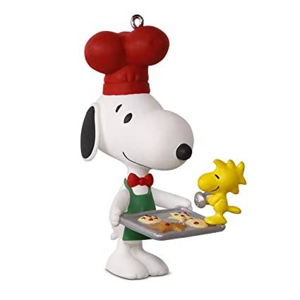 hallmark keepsake 2017 peanuts spotlight on snoopy baker snoopy christmas ornament