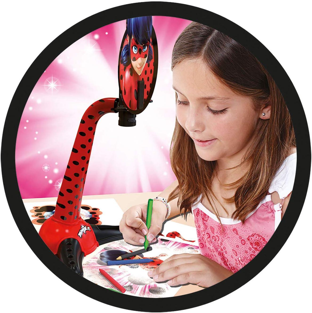 Las aventuras de Ladybug Proyector para Dibujar (Educa Borrás ...