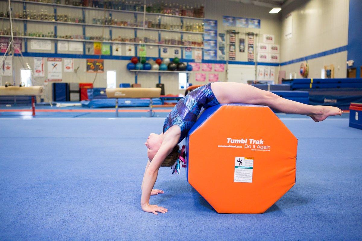 Amazon Tumbl Trak Octagon Tumbler Colors May Vary Gymnastics Skill Shapes Sports Outdoors