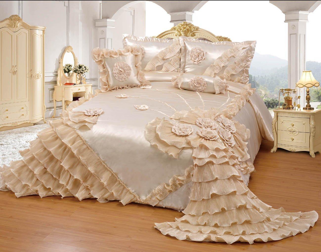 Octorose Royalty Oversize Wedding Bedding Bedspread Comforter Set (BP-H1-K, Cream) by OctoRose