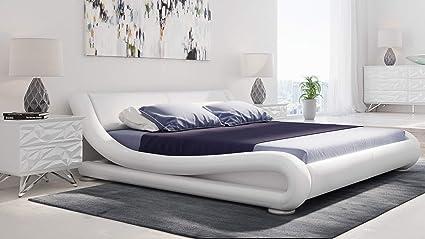 Amazon Com Zuri Furniture Modern Marlo White Genuine Leather Queen