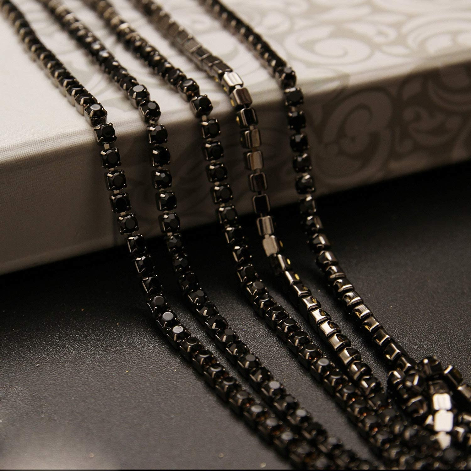 USIX 10 Yards Crystal Rhinestone Close Chain Trimming Claw Chain Multi Size Color Rhinestone Chain for DIY Arts Craft Sewing Jewelry Making Cobalt-Silver Chain SS8//2.5MM