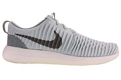9cd93e1a5bcc Nike Mens Roshe Two Flyknit Running Shoes Pure Platinum Wolf Grey White  844833-011 Size 12  Buy Online at Low Prices in India - Amazon.in