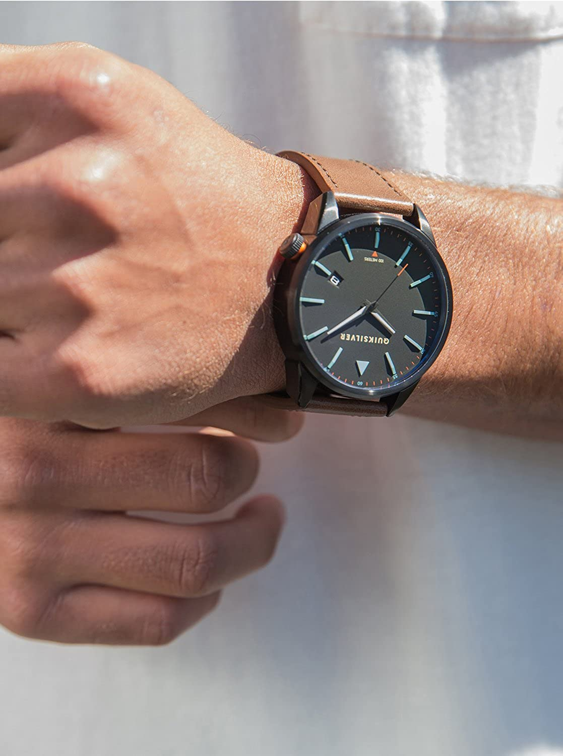 Amazon.com: The Timebox Leather quiksilver watch kvjo EQYWA03024: Clothing