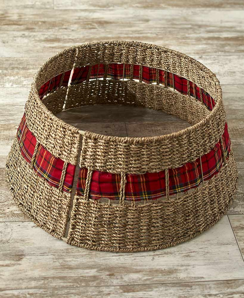 The Lakeside Collection Rattan Christmas Tree Collar