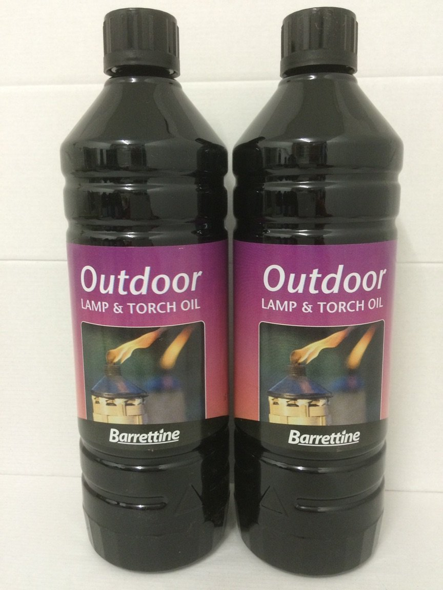 2 LITRES OF BARRETTINE QUALTY OUTDOOR TORCH AND LAMP OIL DML