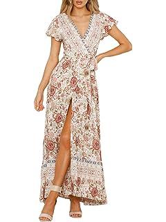 2fa6ba3889e BerryGo Women s Boho Short Sleeve Floral Beach Dress V Neck Ruffle Split  Party Dress