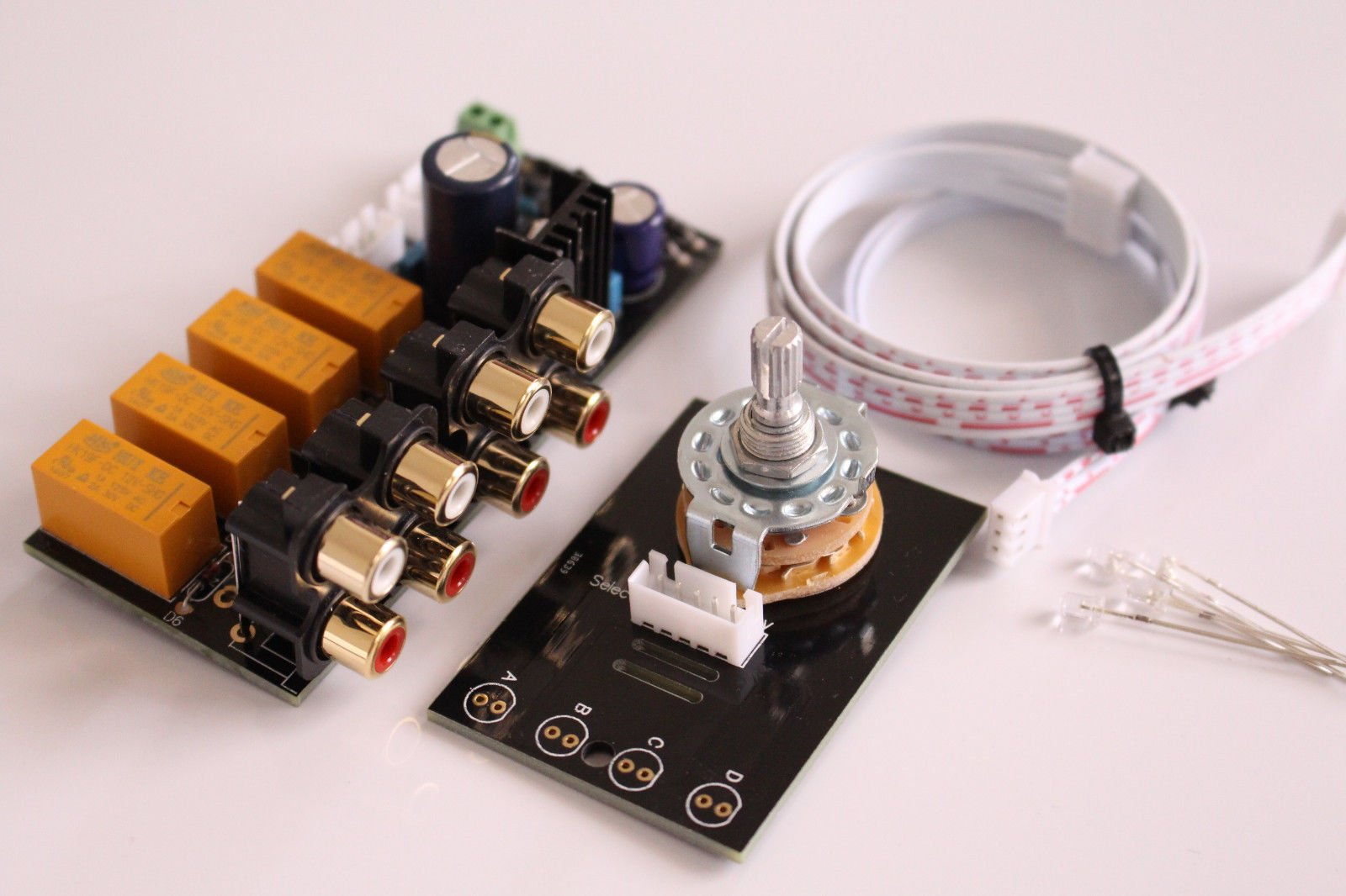 FidgetFidget Audio input choose board 4 way/Stereo Audio selector switch with RCA socket
