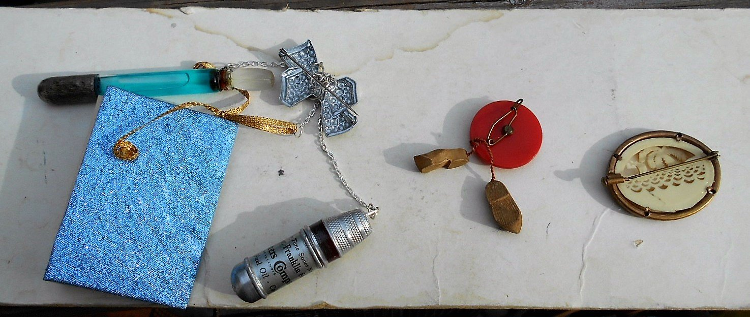 CHATELAINE Advertising Thimble Set, (Adv. can be removed), Long Dauber Silver Plate Perfume, Doll Size Journal, Large Bow Brooch. Set