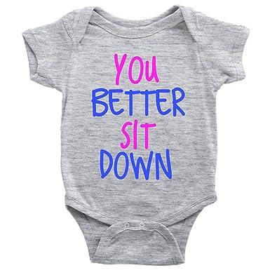 Amazon.com: teehub usted mejor sentarse Onesie embarazo ...