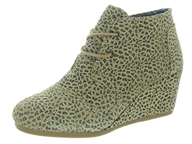 b4426b64ba2 Image Unavailable. Image not available for. Color  TOMS Women s Cheetah  Suede Printed Desert Wedges ...
