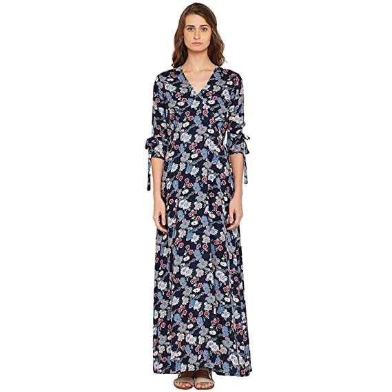 db7d438f588 FEMELLA Wonen s Navy Floral Printed Maxi Dress  Amazon.in  Clothing ...