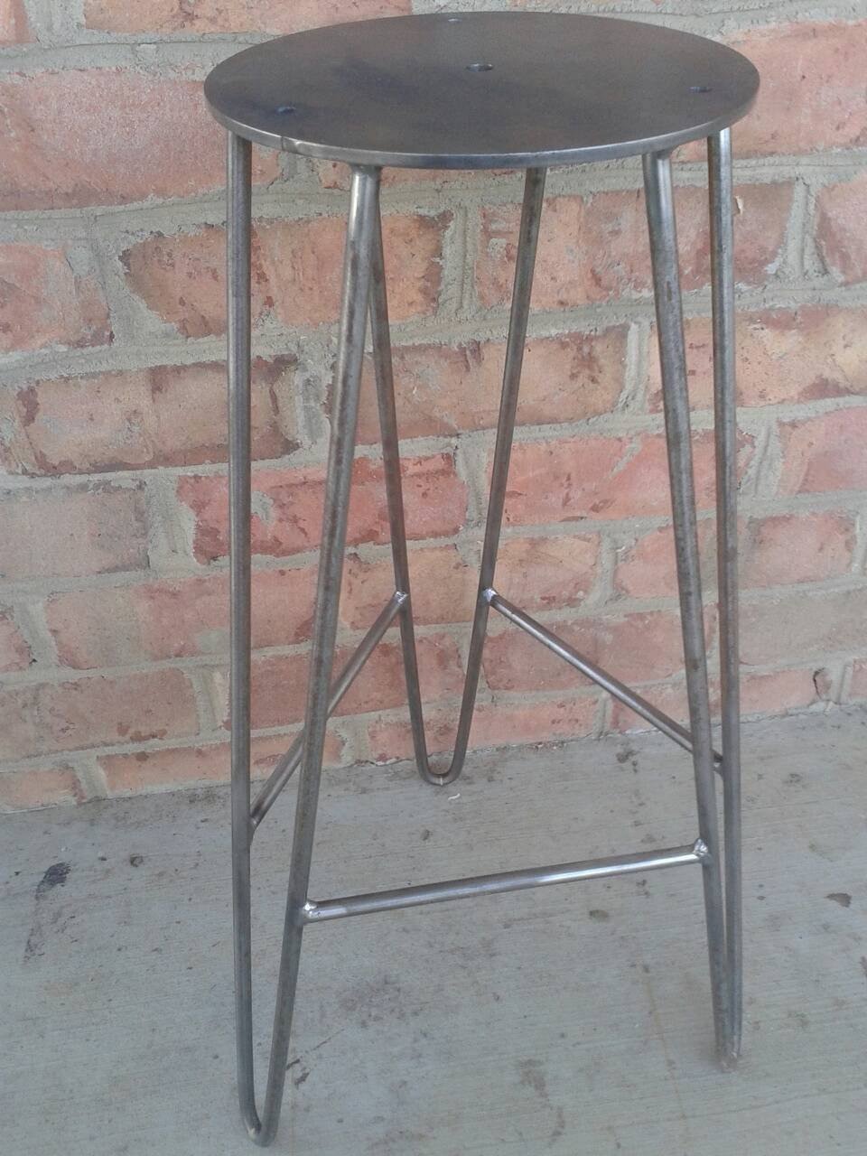 DIY Steel Hairpin Bar Stool Base